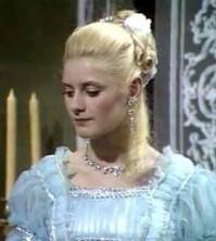 Apparitions de Marie-Antoinette dans des fictions diverses - Page 3 Ma_cat10