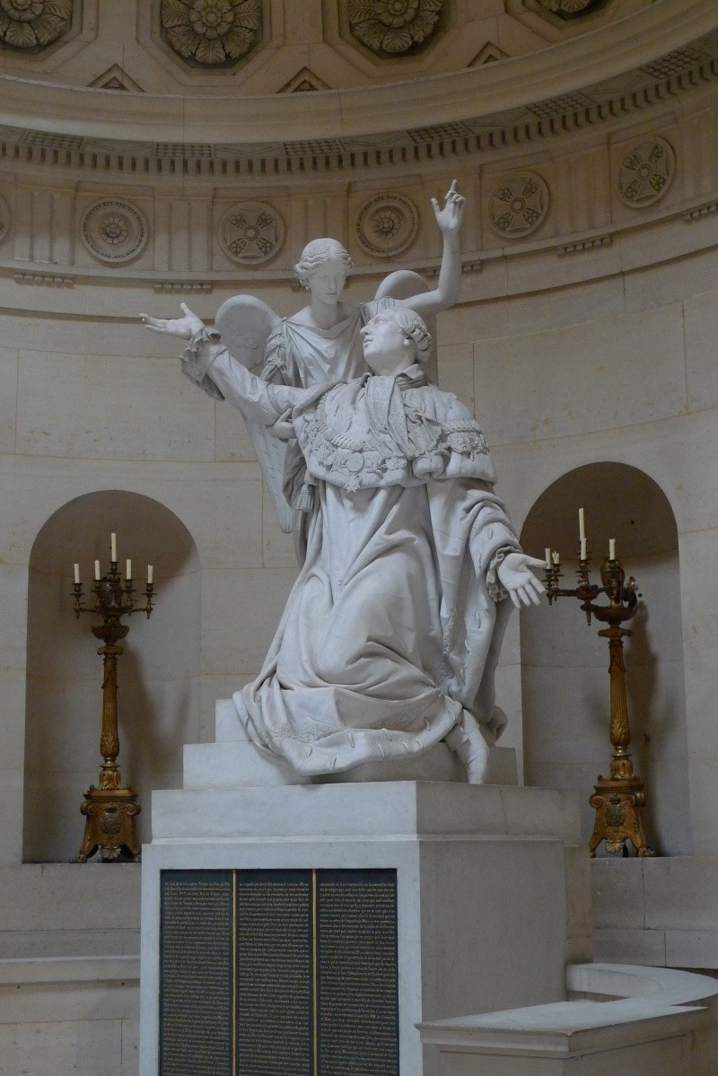 La Chapelle Expiatoire du square Louis XVI, à Paris P1030913