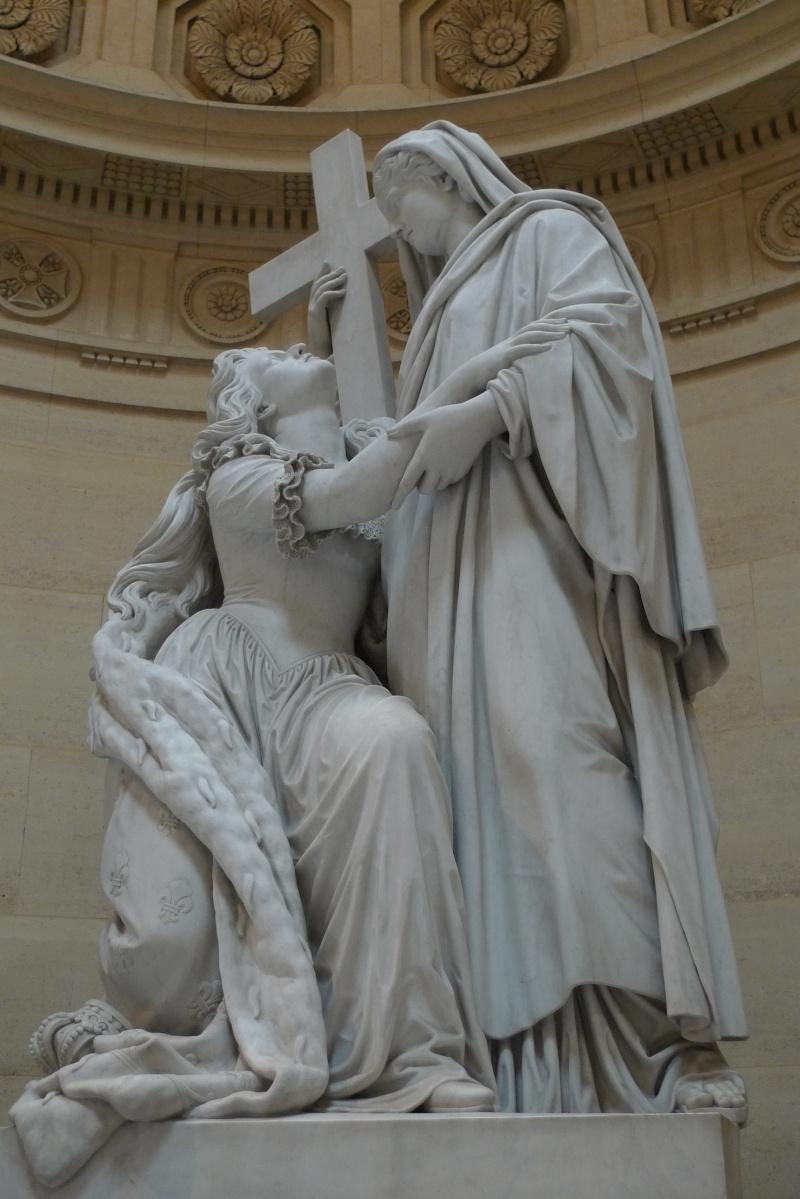 La Chapelle Expiatoire du square Louis XVI, à Paris P1030914
