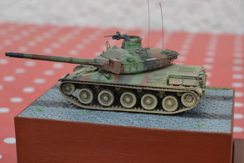 AMX-30B 1er RD LURE 1982 [Heller 1/72ème] Dsc_0132