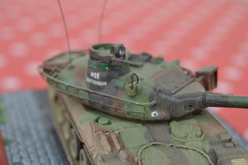 AMX-30B 1er RD LURE 1982 [Heller 1/72ème] Dsc_0136