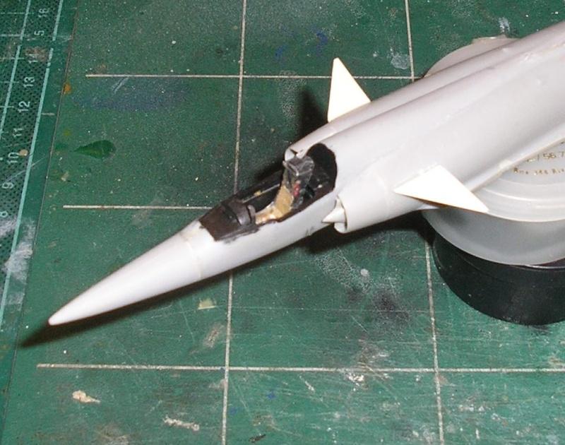 Dassault Mirage III E-X N-G // - [Heller  1/72] P1010025