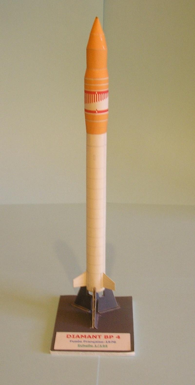 Les Papercrafts de VMD-25 P1010044