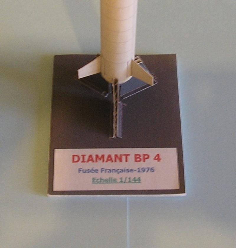 Les Papercrafts de VMD-25 P1010045