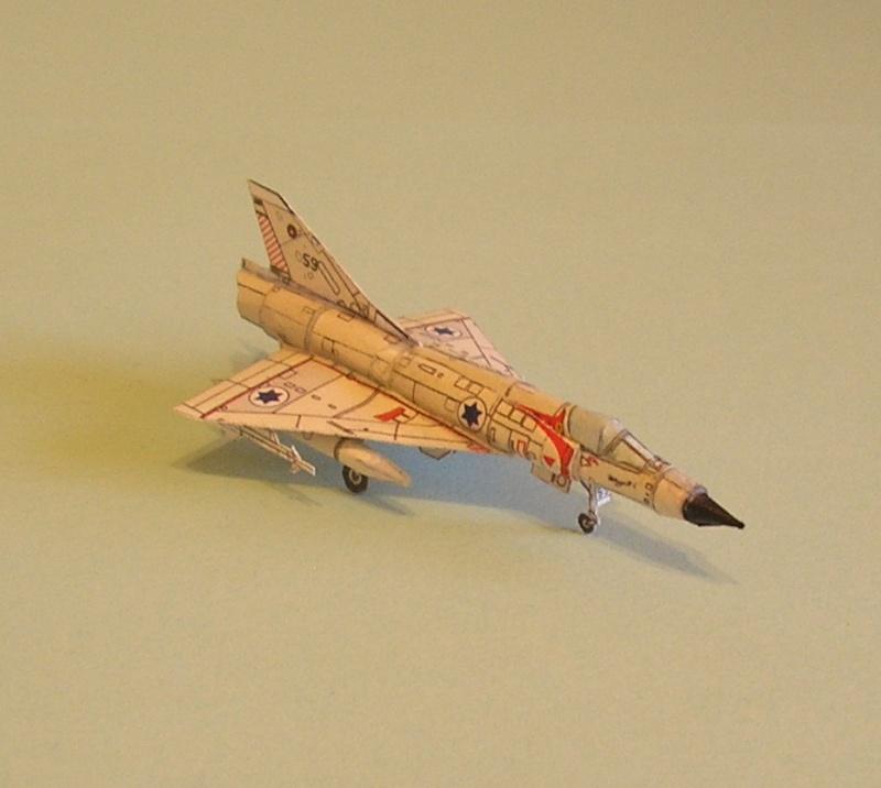 Les Papercrafts de VMD-25 P1010047