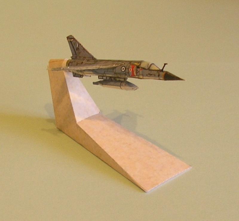 Les Papercrafts de VMD-25 P1010048