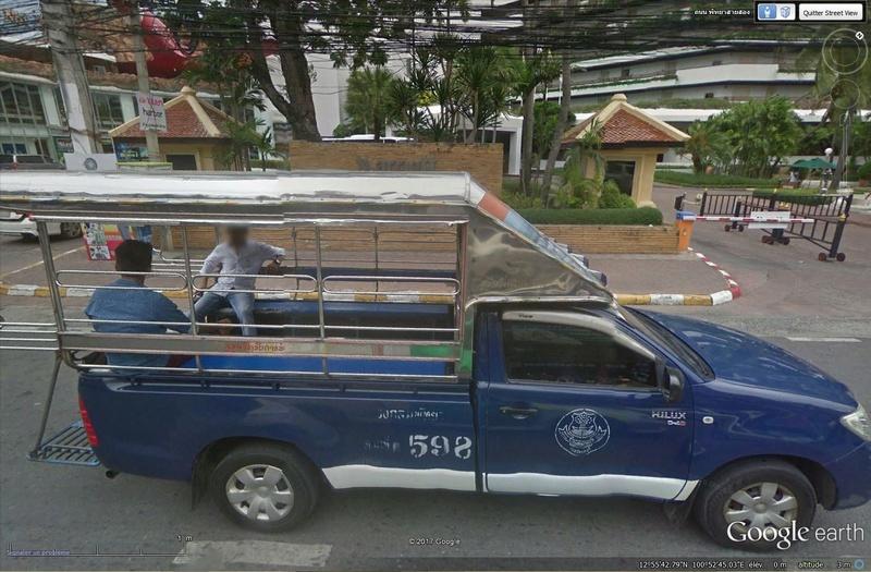 STREET VIEW : scènes de vie des taxis collectifs Tsge_287