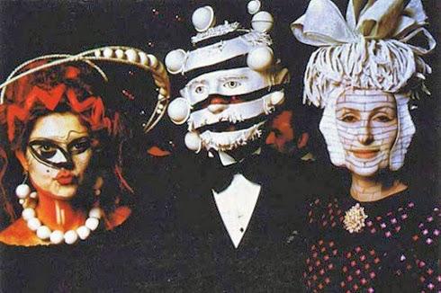 FIESTA ILLUMINATI DE LOS ROTHSCHILD (1972) Ew19