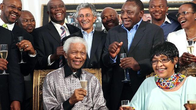 NELSON MANDELA ¿TERRORISTA O LIBERTADOR? Luc10