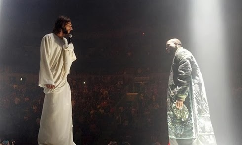 YEEZUS (Kanye West) Yeezus15