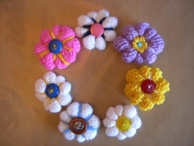Bague ou épinglette fleur au tricot Dscn1935