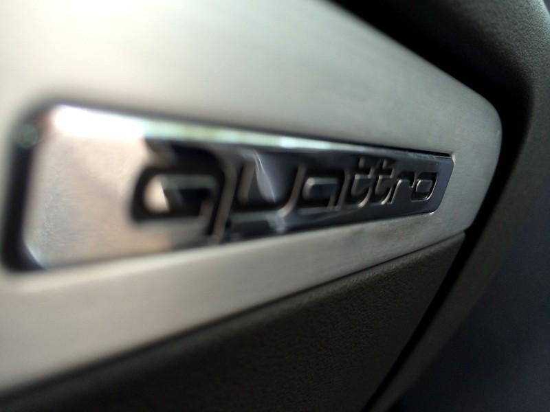 Audi TTS² S-tronic de Quattro2a 1010