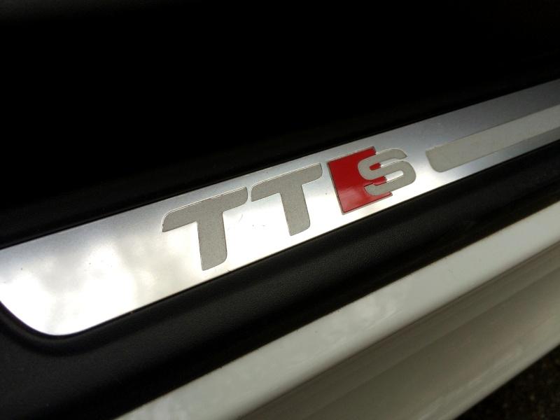 Audi TTS² S-tronic de Quattro2a 1110