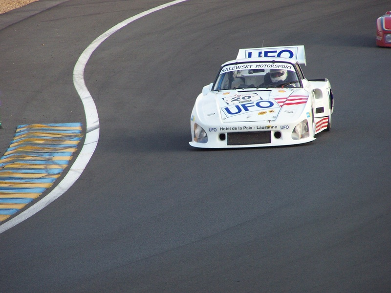 Une Belle photo de Porsche - Page 6 100_9811