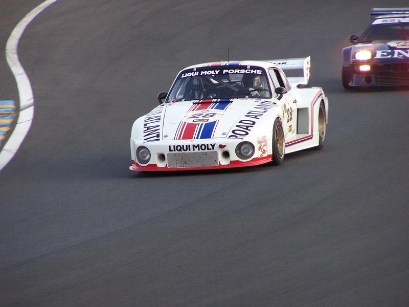 Une Belle photo de Porsche - Page 6 100_9813