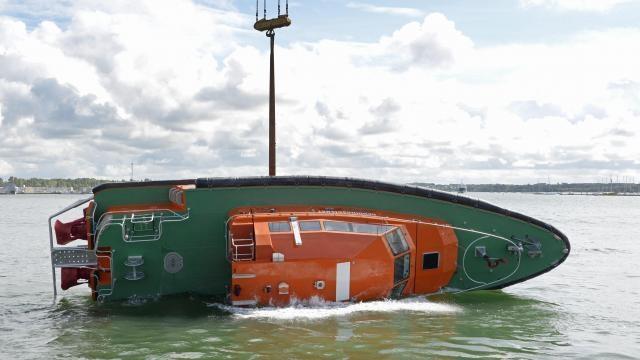 reddingsboat  vedette de sauvetage ORKA R 6 P1d25510