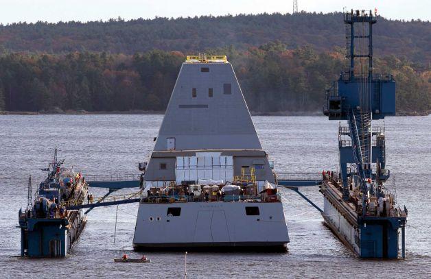 DDG-1000 Zumwalt le nouveau joujou de la marine américaine ! Zumwal11