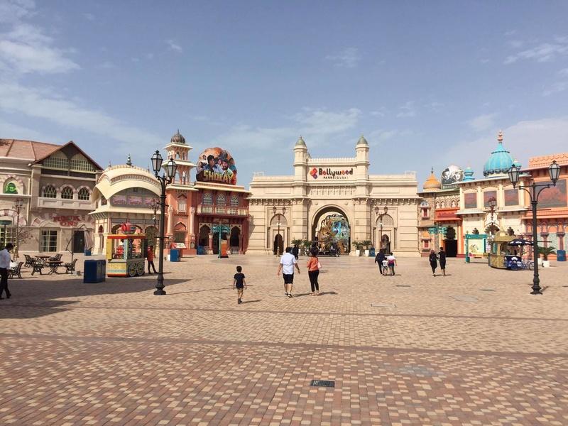 [ÉAU] Dubai Parks & Resorts : motiongate, Bollywood Parks, Legoland (2016) et Six Flags (2019) - Page 7 Bollyw12