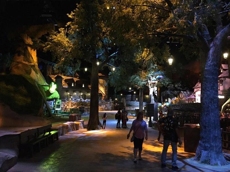 [ÉAU] Dubai Parks & Resorts : motiongate, Bollywood Parks, Legoland (2016) et Six Flags (2019) - Page 8 Shrek_10