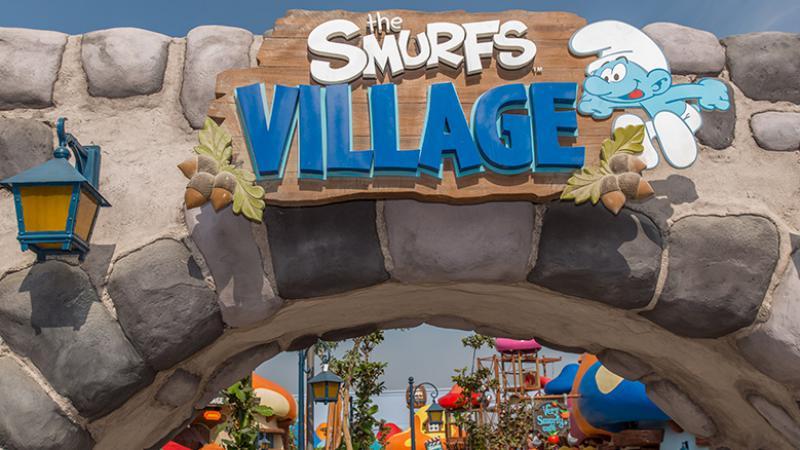 [ÉAU] Dubai Parks & Resorts : motiongate, Bollywood Parks, Legoland (2016) et Six Flags (2019) - Page 8 Smurfs11