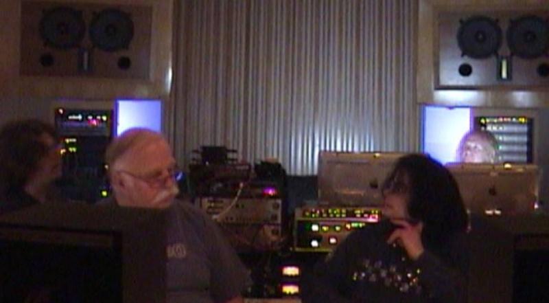 MJ en studio avec B. Swedien, Brad Buxer et Michael Prince 0210