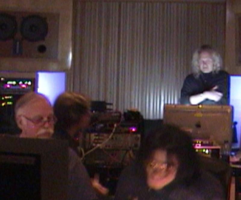 MJ en studio avec B. Swedien, Brad Buxer et Michael Prince 0410