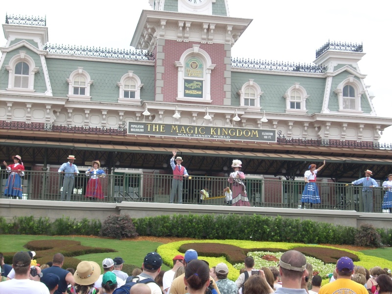 Les vacances de Mister Wolfi et Matttthieu : Walt Disney World Tour 2008 - Page 2 Dscn3812