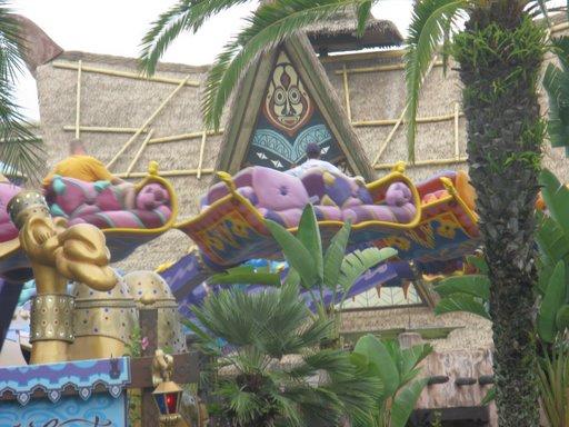 Les vacances de Mister Wolfi et Matttthieu : Walt Disney World Tour 2008 - Page 2 Img_0015