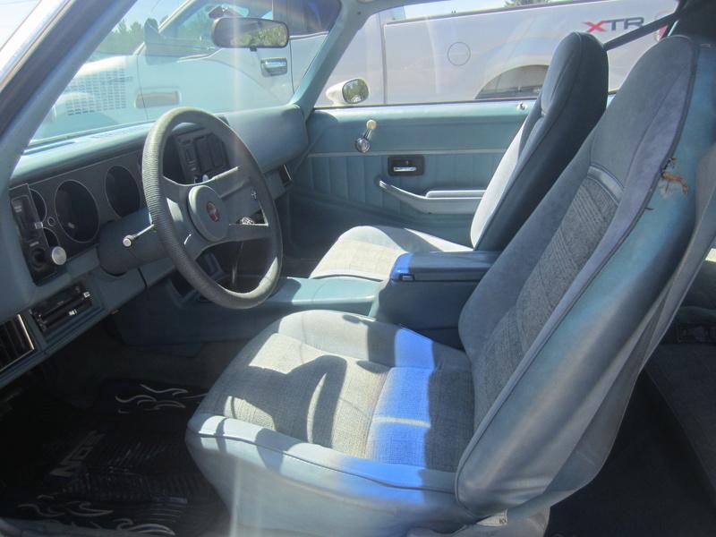 Chevrolet Camaro Z28 1979, 350 4 vit. seulement 75000 km!  Img_0610