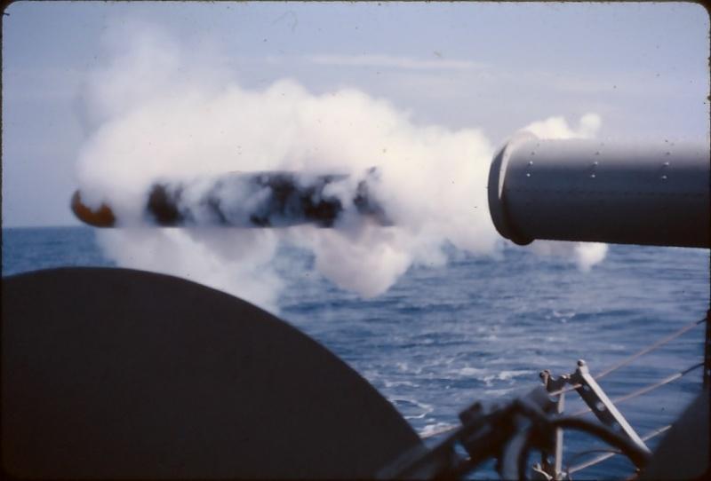 [ Les armements dans la Marine ] Les tirs en tous genres du missiles aux grenades via les mitrailleuses Bourgu10