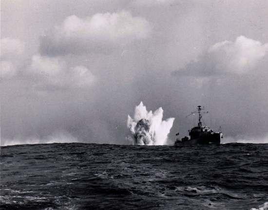 [ Les armements dans la Marine ] Les tirs en tous genres du missiles aux grenades via les mitrailleuses Grenad11