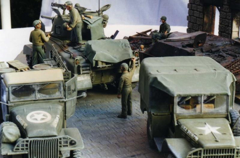 Sherman M4A1 Italeri - GMC CCKW 353 Heller - Dodge M6 Italeri - Jagdpanzer IV L/70 Italeri tout au 1/35e Allema12
