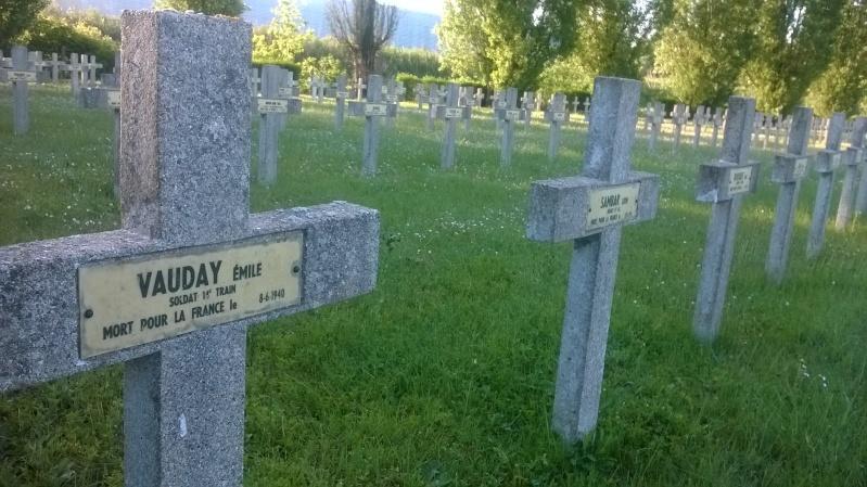 Quelques sépultures parmi des centaines (Dept45) Wp_20139