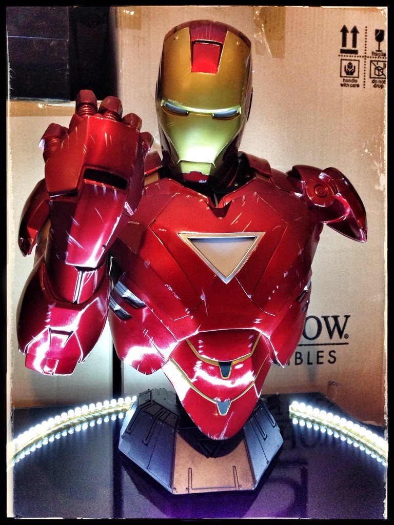 IRON MAN MARK VI Legendary scale bust - Page 5 Ave5er10