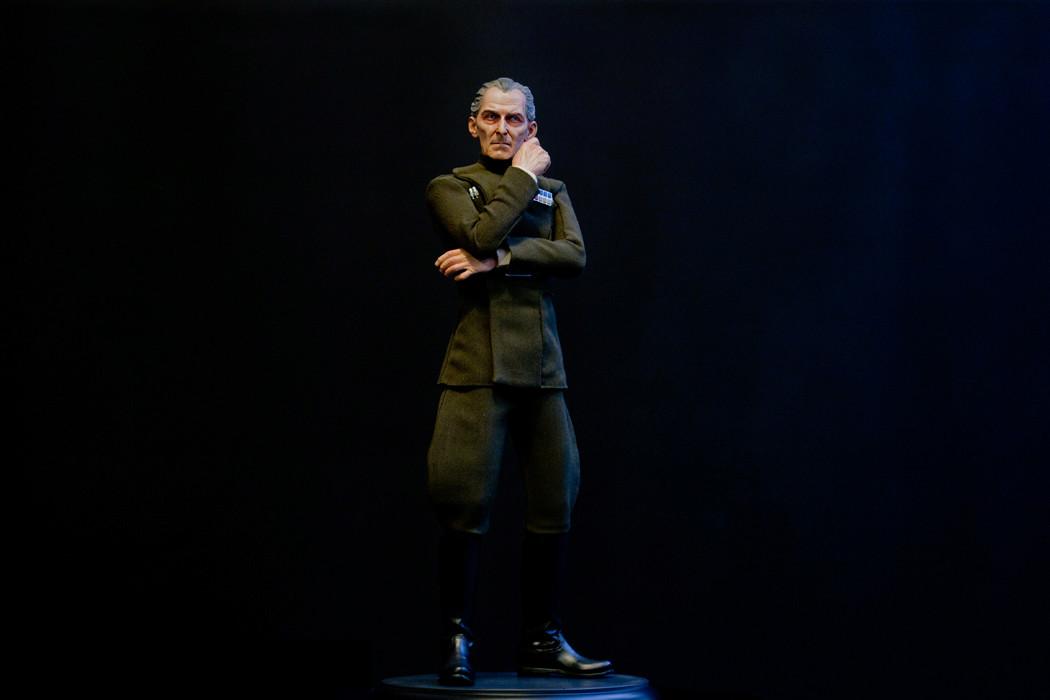 STAR WARS: GRAND MOFF TARKIN Premium format Dsc_2710