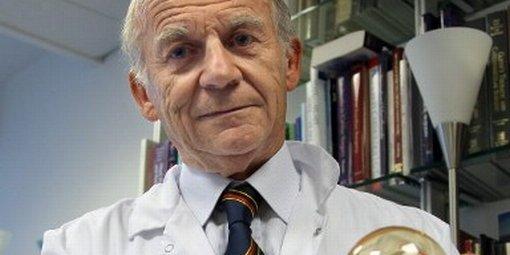 Carmat implante pour la première fois un cœur artificiel à l'hôpital Georges-Pompidou à Paris L-entr10
