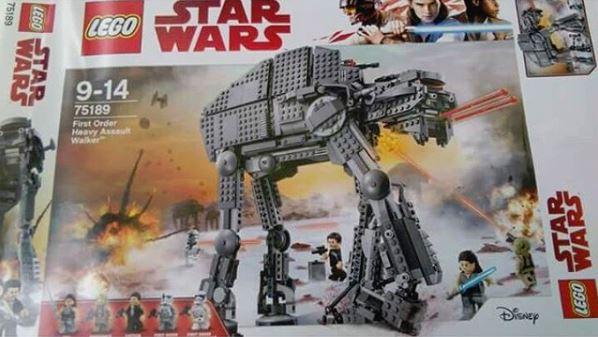 8 - Les RUMEURS de Star Wars VIII - The Last Jedi - Page 6 Lego_011