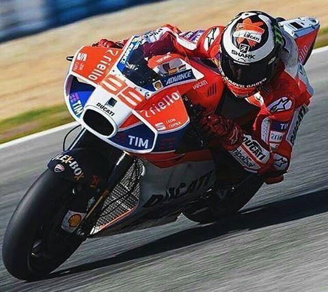 Moto GP 2017 - Page 5 17458010