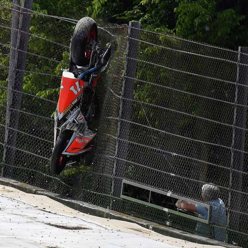 World Superbike et Supersport 2017 - Page 5 18485810
