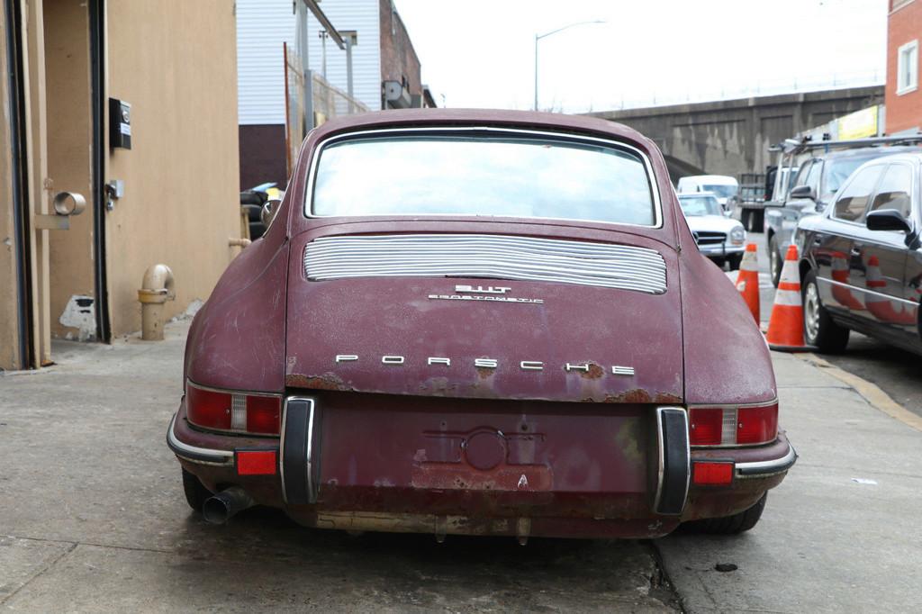 Photos de Porsche à restaurer - Page 3 1110