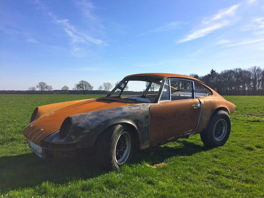 Photos de Porsche à restaurer - Page 4 11110