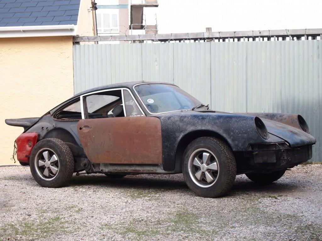 Photos de Porsche à restaurer - Page 39 16903210