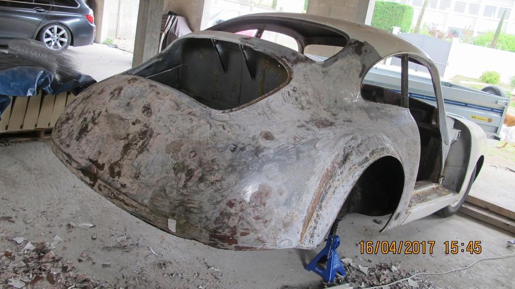 Photos de Porsche à restaurer - Page 3 18359212