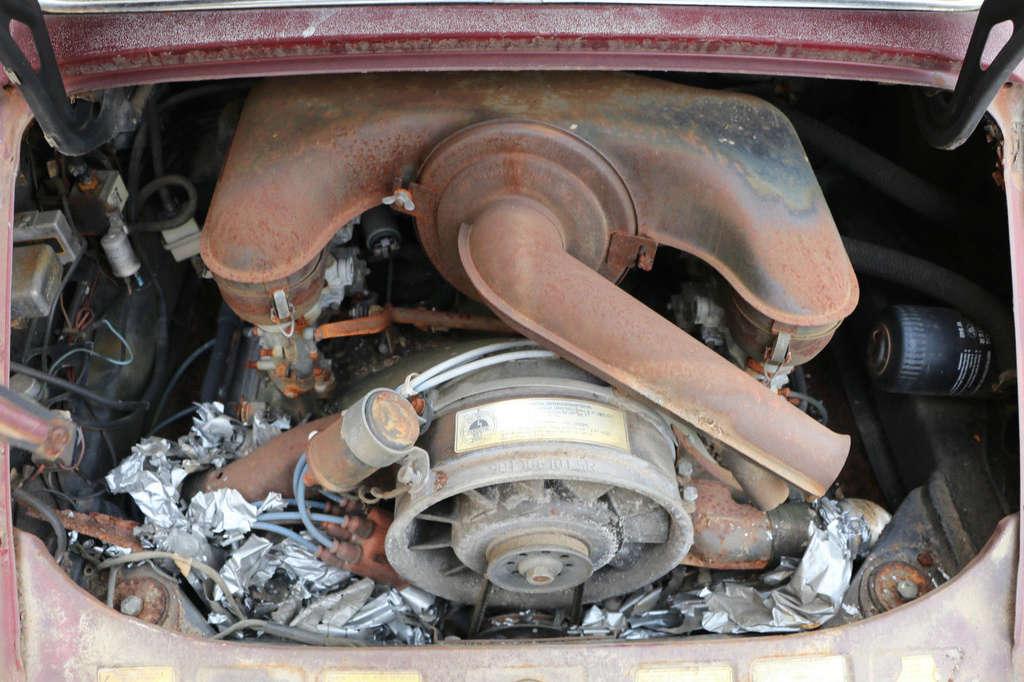 Photos de Porsche à restaurer - Page 3 710