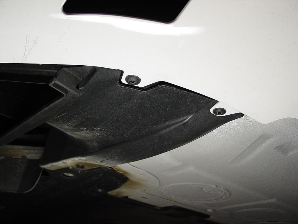 Démontage pare choc avant Porsche 997 Dsc03291