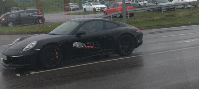 La future Porsche 911 Type « 992 Future11