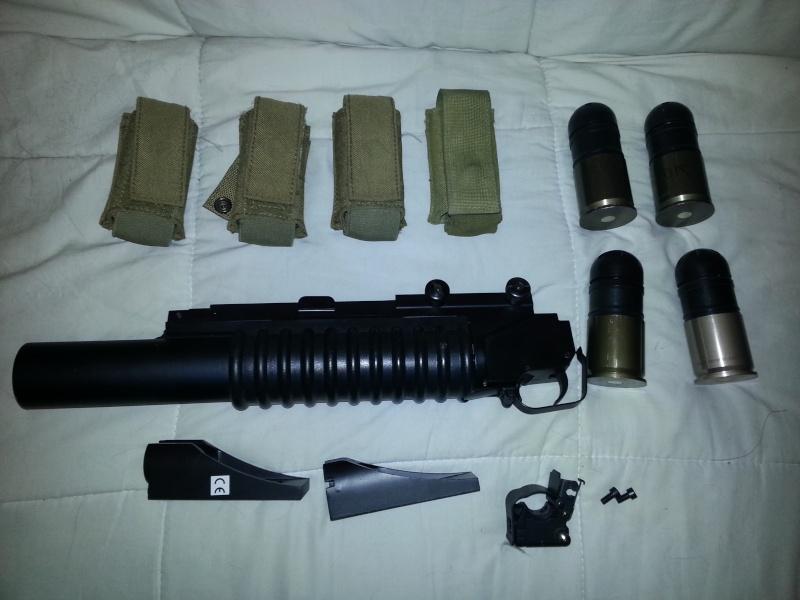 vend m203 + grenade 40 mm + poches 20131010
