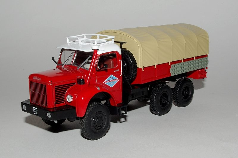 "La collection ""miniatures BERLIET"" d'Hachette au 1/43 16558310"