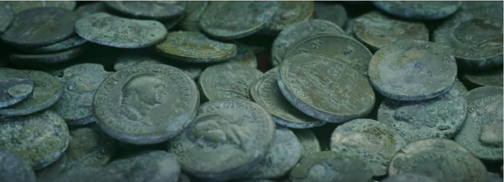 Jeu :identifions des monnaies retrouvées à Pompéi Caius10