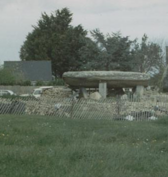 Les sites mégalithiques de Locmariaquer Dolmen10